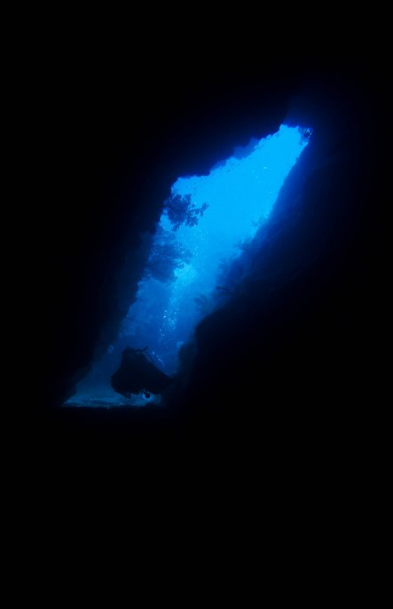 Swimming through Azu's Cave