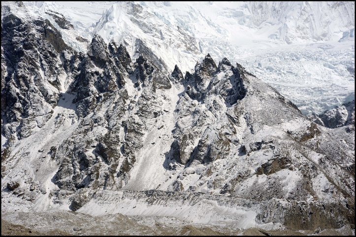 jagged things near cho oyu